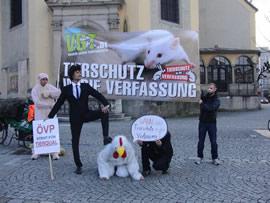 Aktion vor der ÖVP-Landeszentrale in Linz