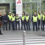 Protest gegen illegale Festnahme: € 50 Strafe wegen Anstandsverletzung